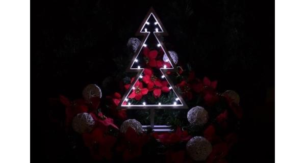 Osvětlení vánoční - stromek LED - studená bílá - 38cm