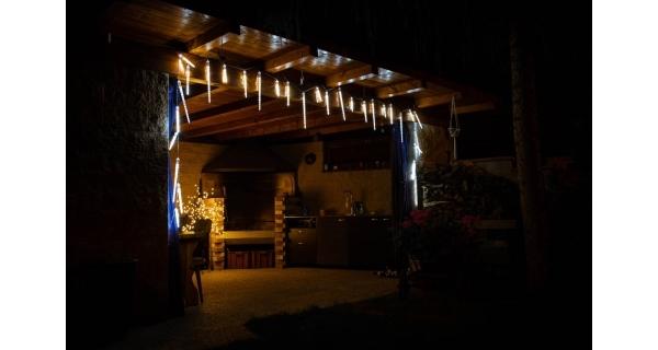Rampouchy s tekoucím efektem 220 LED - studená bílá, 10 ks (3 různé velikosti)